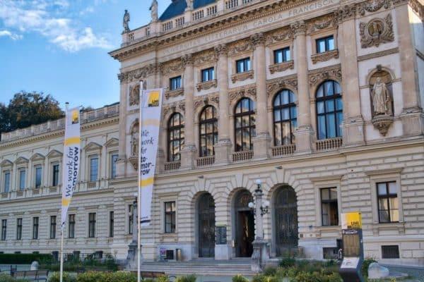 Lektorat Graz Wien Korrekturlesen Online Bachelorarbeit Masterarbeit Dissertation